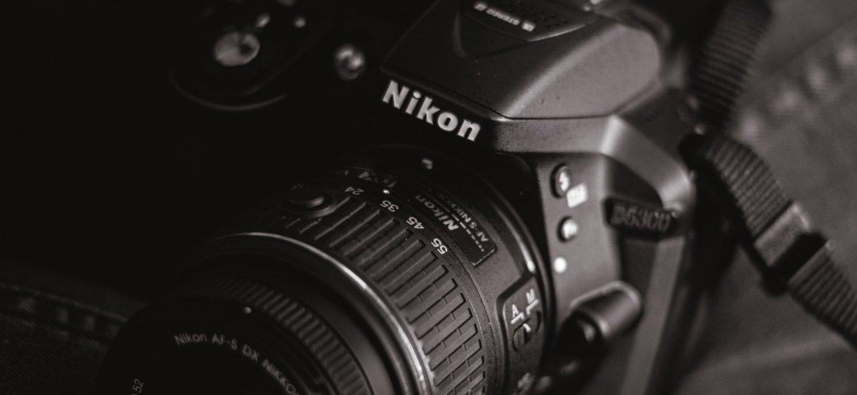 black-and-white-camera-camera-lens-1250282